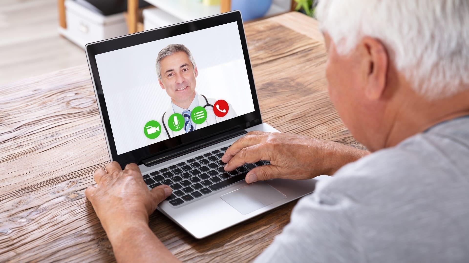 La telemedicina può prendere la forma di una tele-visita a distanza.